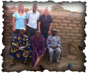 Pictured left : Volunteers from the Dioila Branch of Mali Medical Relief